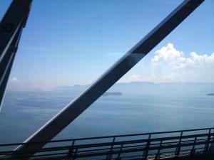 瀬戸大橋から瀬戸内海