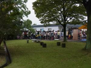 岸田メル先生トークショーに長蛇の列!